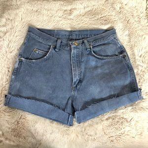 Vintage Wrangler high waisted denim shorts
